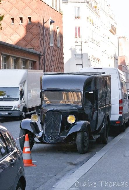 Paris Film old car