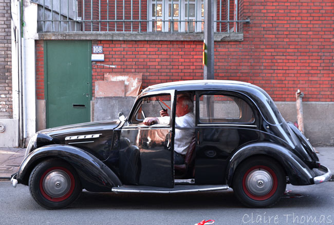 Paris Film set old car