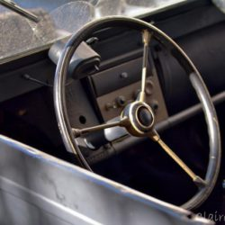 old-steering-wheel