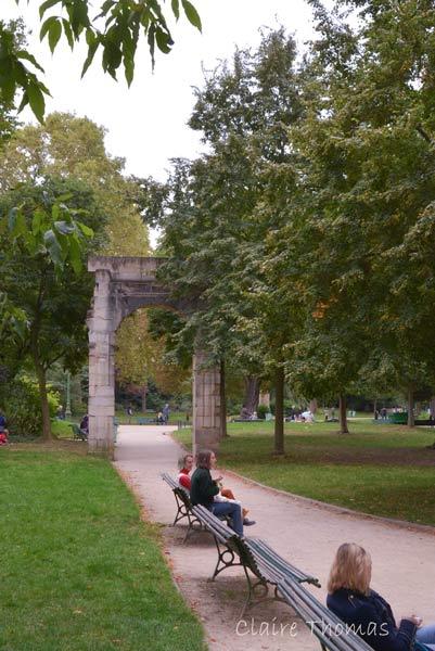 Paris Parc Monceau benches