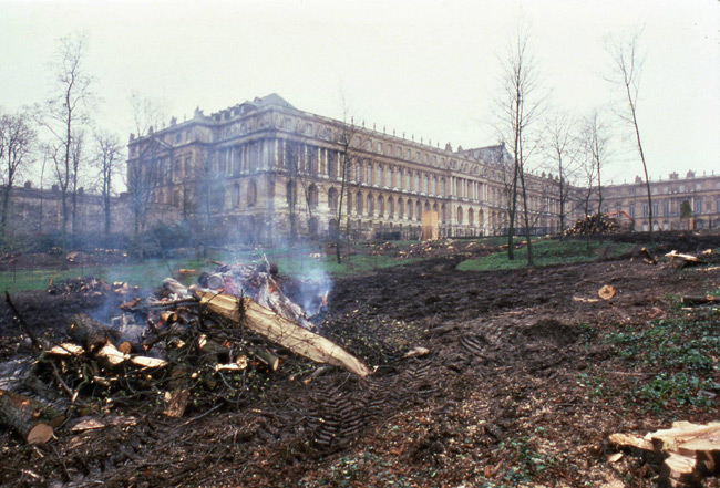 Versailles tempest destruction